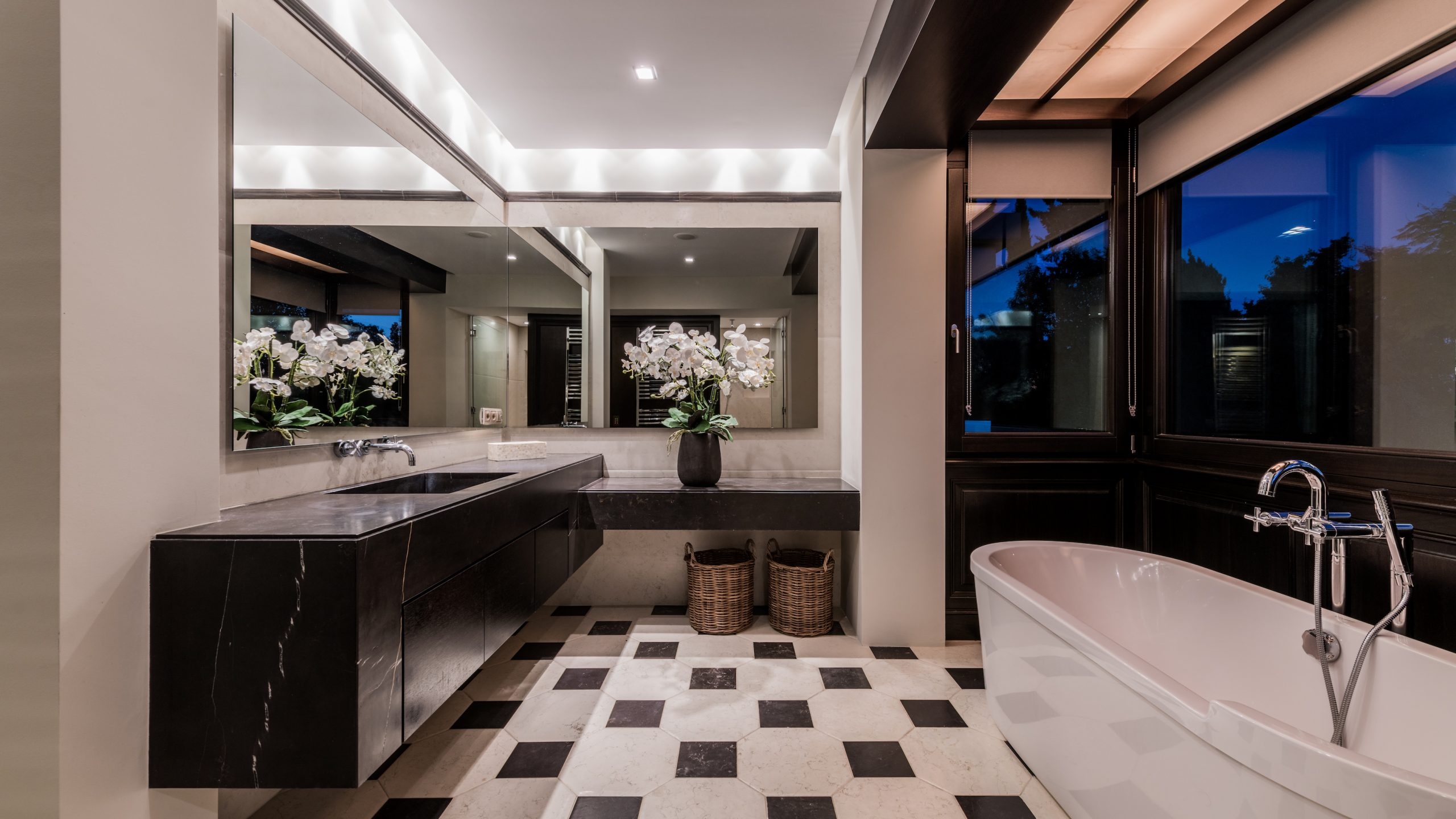 Design and stylish bathroom Marbella