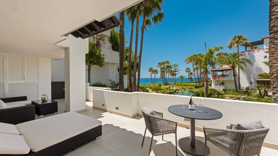 Why do people love to retire in Marbella?